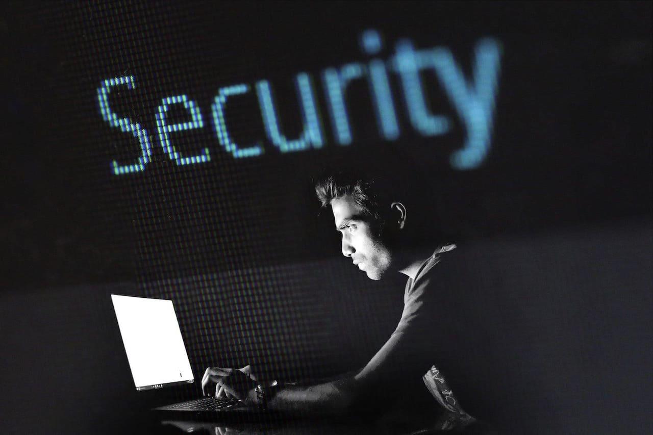 パソコン修理者が詐欺ソフトの見分け方を解説|実際の画像と実例つき