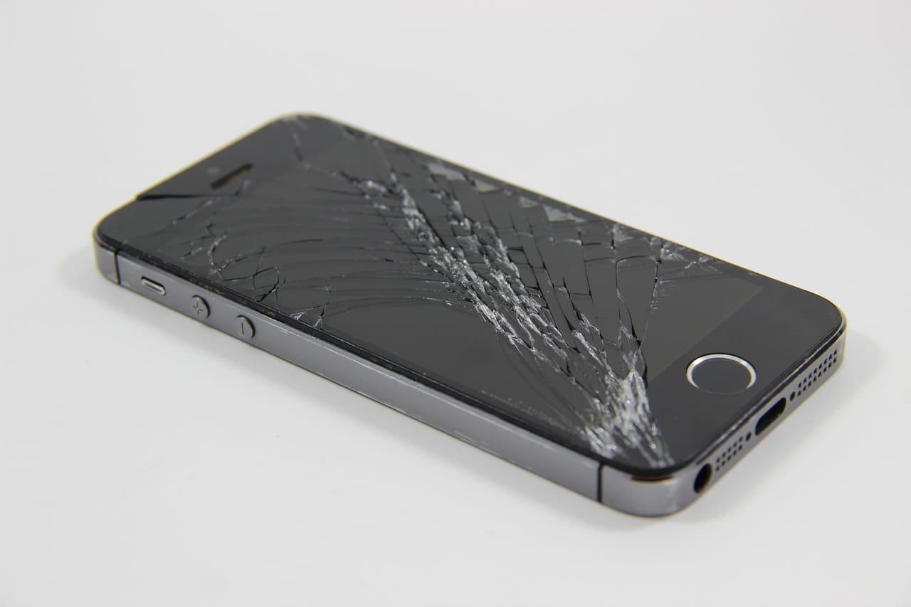 iPhone修理・データ復旧『FIREBIRD』とは?